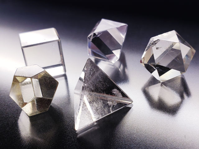 ヒマラヤ水晶プラトン立体5個セット