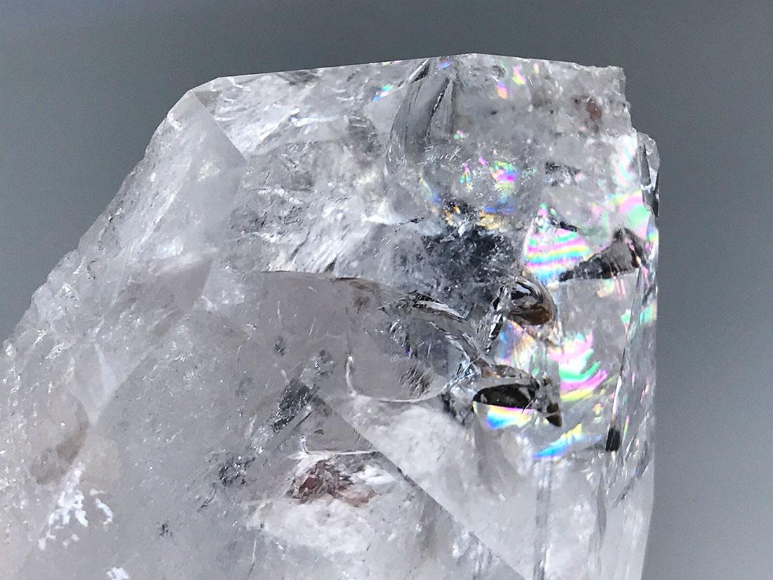 ブラジル産レインボー水晶