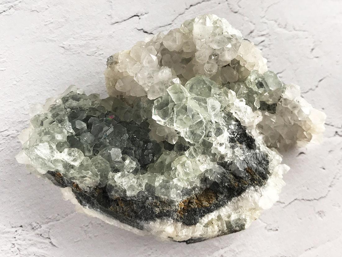 水晶withフローライトクラスター
