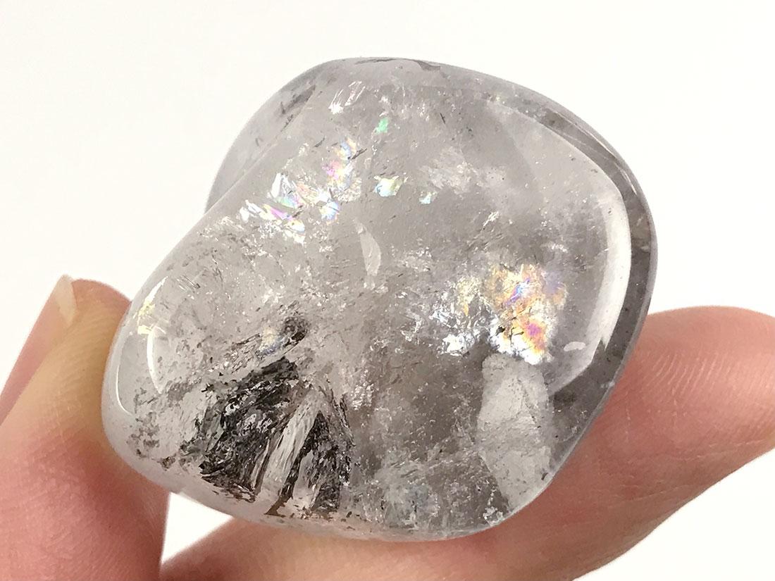 コールタール入りレインボー水晶タンブル